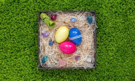 12 originálních nápadů, jak nabarvit velikonoční vajíčka